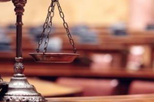 RAPPORT DROITS FONDAMENTAUX ET CRISE SANITAIRE : LE CONFINEMENT FORCE GENERAL EST-IL LEGAL ?